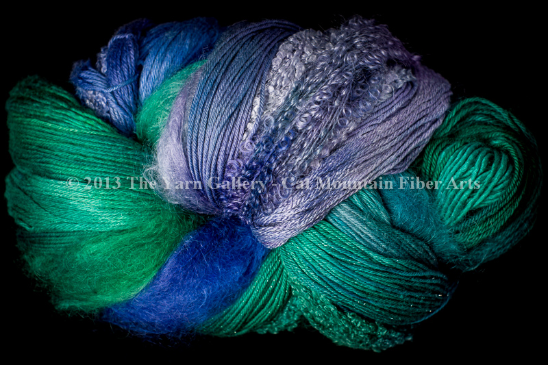 Water Lilies 1000 yard 10 Textures Worsted Weight with Stellina