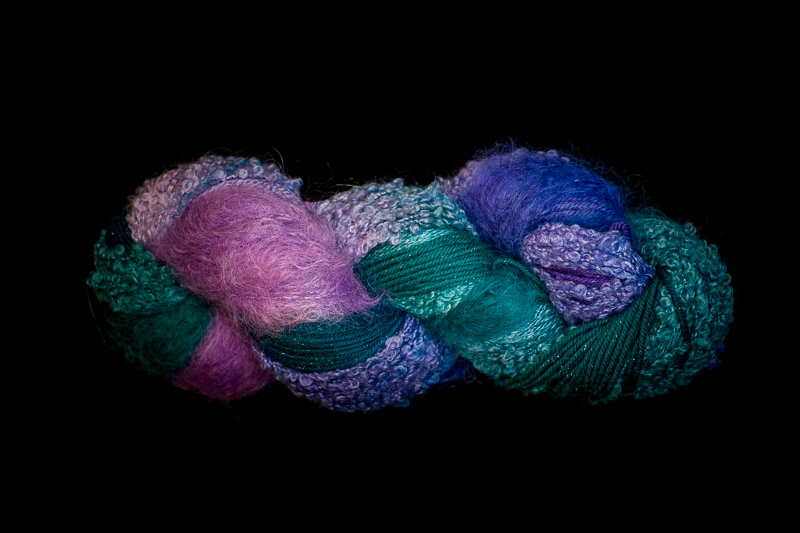 Water Lilies 250 yard 5 Textures Worsted Weight with Stellina